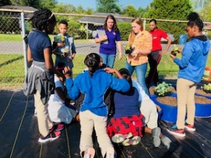 Rosenwald's 4-H Club Enjoys Fall Gardening