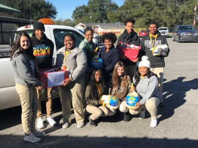 Livonia High School Gives Back