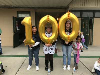 Valverda's Students Celebrate Being 100 Days Smarter!
